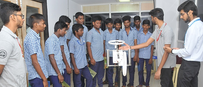 school-students-get-new-insights-sci-tech-expo-srm-banner